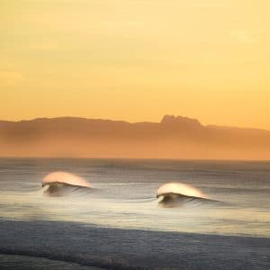 Sunset double vagues